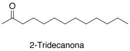 2-Tridecanona