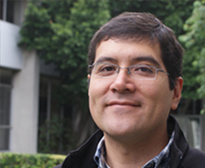 Dr. Fernando Cortés Guzmán